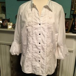 EUC Dressbarn Woman Stretch Cotton Blouse (H-24)