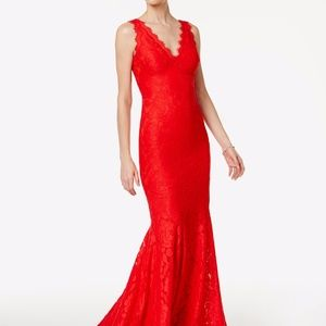 Betsy & Adam Lace V-Neck Mermaid Gown Red Size 2