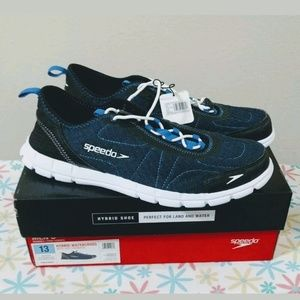 New in box - Speedo Hybrid watercross Mens shoes