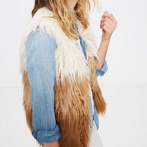 💕HP💕 Mother Jeans TriFur Faux Fur Vest Sz Small