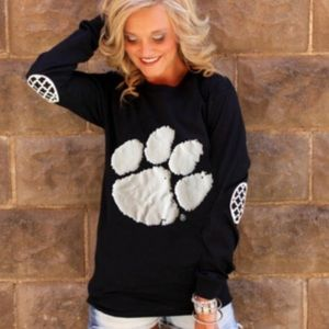 Tops - Awesome Paw print Top