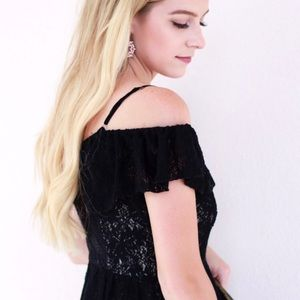 Dresses - Cold Shoulder Lace Dress S-M-L