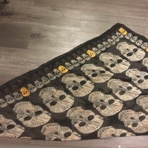 Skull Scarf with gold embroidery
