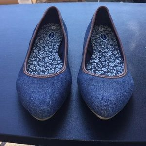 Ladies Slip Ons