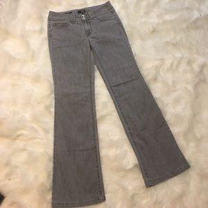 a.n.a. Modern Fit Gray Bootcut Size 6 Jeans