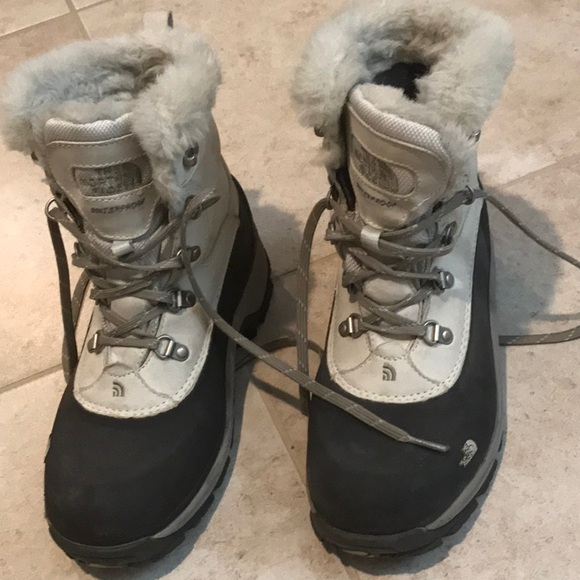 8ee7a4daf The North Face Primaloft 400 gram insulation snow