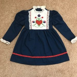 Vintage floral and lace little girl dress