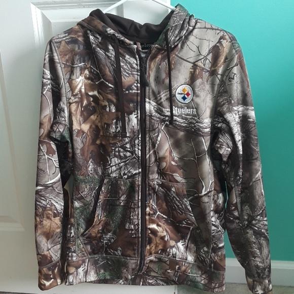 the best attitude f234b dc2c6 Zip up Steelers camo jacket