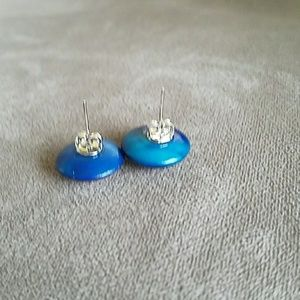 Anthropologie Jewelry - Adorable & unique post earrings