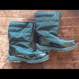 Other - Girls black winter snow boots