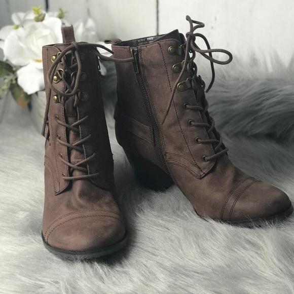 Bella Vita Shoes | Kennedy Bootie Wide