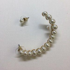 ZARA faux pearl earring cuff set