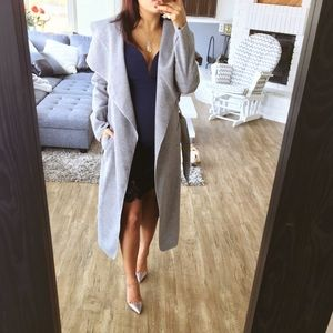 Jackets & Blazers - CLOSET CLEAR OUT⏩Shaded gray duster jacket