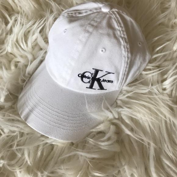 f3a591efa05 Calvin Klein Jeans Accessories - White Calvin Klein Baseball cap