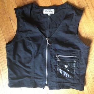 Black cropped front zip vest