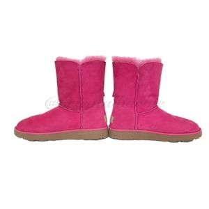 UGG Shoes - UGG CLASSIC KNOT SHORT BOW BOOTS PRINCESS PINK