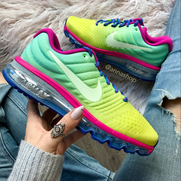 805d2430331 Nike Shoes | Nwt Id Air Max 2017 Ombr | Poshmark