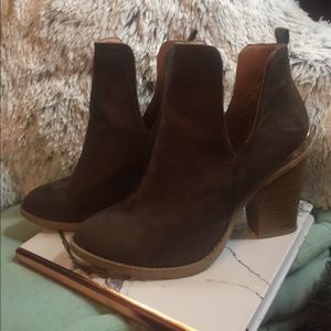 Jeffrey Campbell Inspired Taupe/Green Booties
