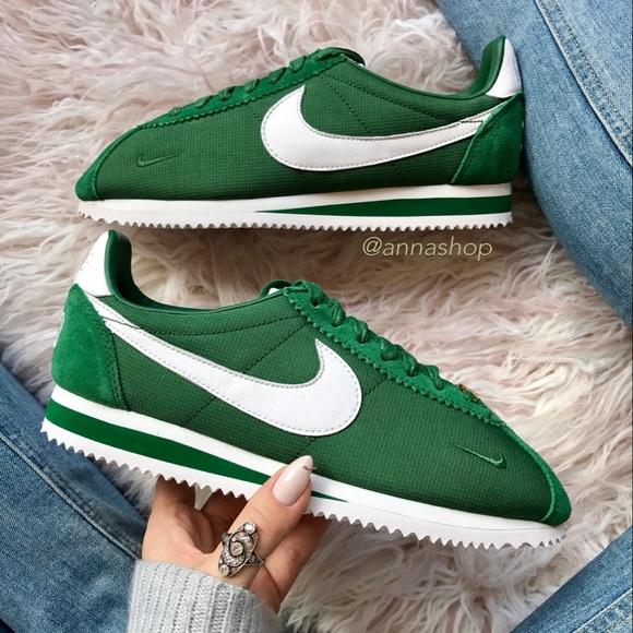 510a13f6b6b520 Nwt Nike ID Custom Cortez🍏