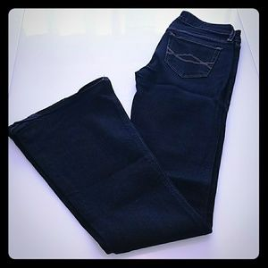 Abercrombie & Fitch flare jeans 26