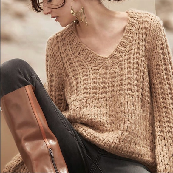 483736481cb2 Anthropologie Sweaters - MOON RIVER CHUNKY KNIT SWEATER