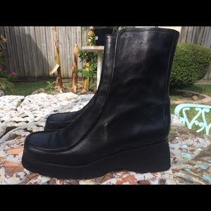 KENNETH COLE NEW YORK ANKLE BOOTS