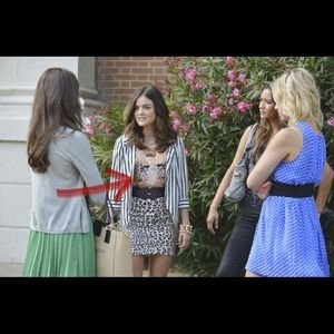 Aria Montgomery urban outfitters tiger muscle tee