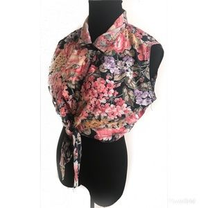 Vintage 90's Floral cropped top blouse shirt