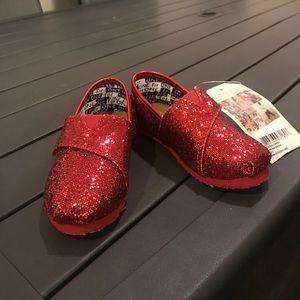 Girls Red Glitter Toms