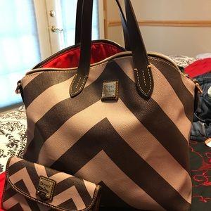 Dooney & Bourke chevron bag and wallet