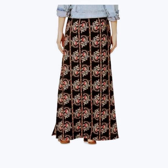 614c35c41c5 Sears maxi skirt black floral print