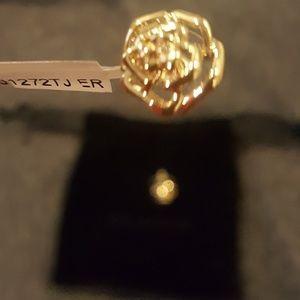 NWT St. John flower earrings