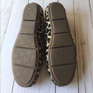 824dab00e961 Vionic Shoes - NWOT Vionic leopard calf hair loafers