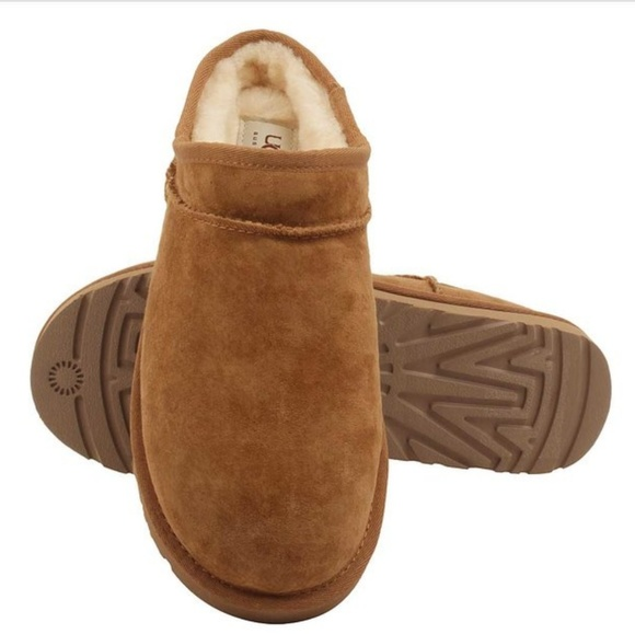 f413fc50a54 ⚡TAKE $10 OFF 11/14⚡🆕UGG CLASSIC SLIPPERS NWT