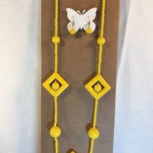 Jewelry - Vintage Mod Yellow Necklace and Earring Set