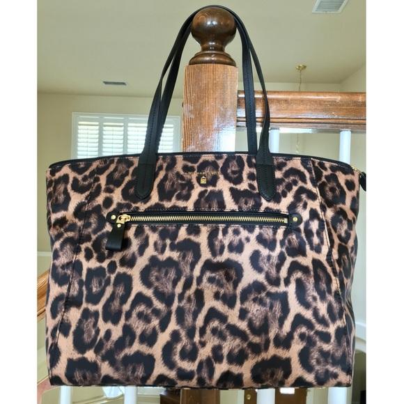 866aeff5d0ec Michael Kors Bags   Nwt Leopard Print Large Nylon Tote   Poshmark