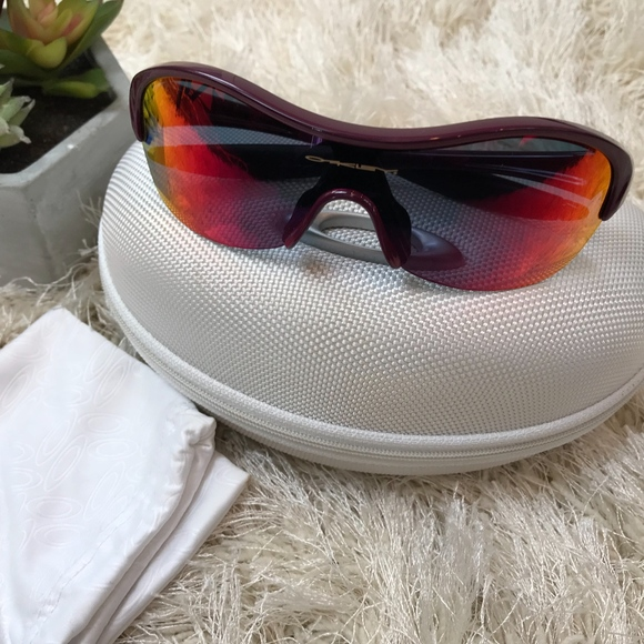 0c16d59390b Oakley Enduring Pace Sunglasses Pink Running Cycle.  M 5a0a023678b31ce2eb17e7b8. Other Accessories ...
