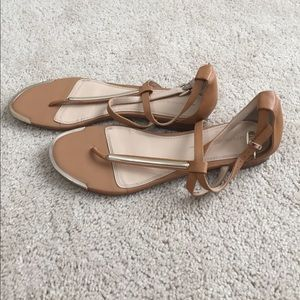 Banana Republic tan and gold Strappy sandals