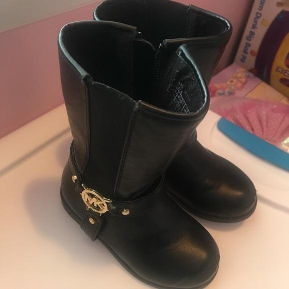 26490b5e56079 MICHAEL Michael Kors Toddler girl boots