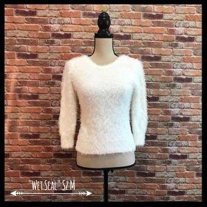 NWT Wet Seal Eyelash Sweater In Marshmallow