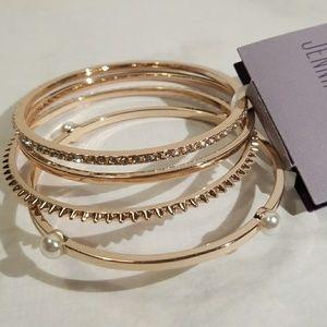4 Set Gold Tone Bangle Bracelets Jennifer Lopez