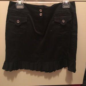 White House Black Market Ruffle Skirt