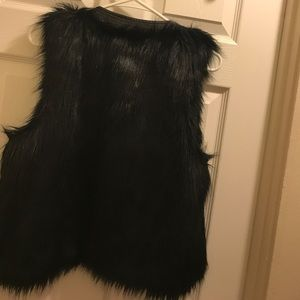 Mossimo black faux fur vest