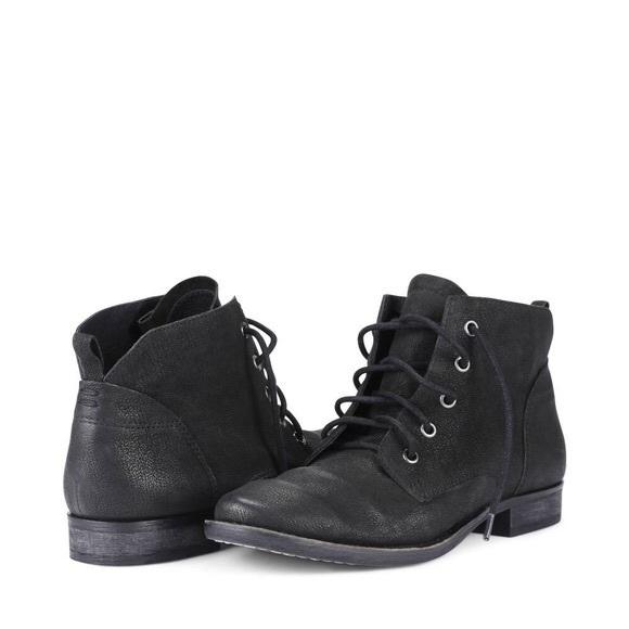 8c3ec649f4ba8 Sam Edelman Mare Black Lace Up Booties 6. M 5a0a2bdea88e7d0dcd18ba81