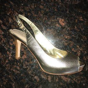 Via Spiga Sandals Gold Size 6M