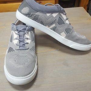 Sz10 Clark's summer sneaker