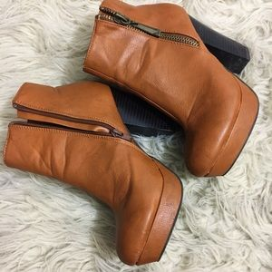 Size 7 brown booties