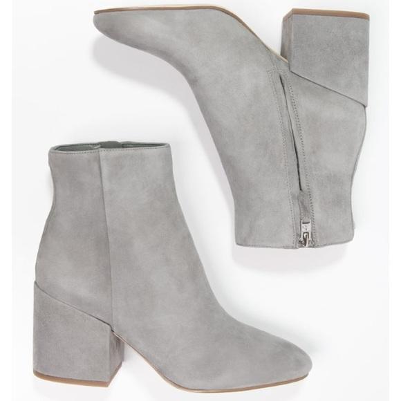 04e2078581d2 Sam Edelman Taye gray block heel boots 8. M 5a0a357a5c12f8b3d718bbe8