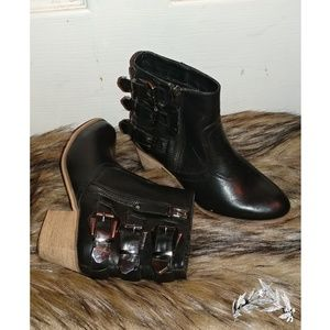 Women's Ankle Buckle Boots