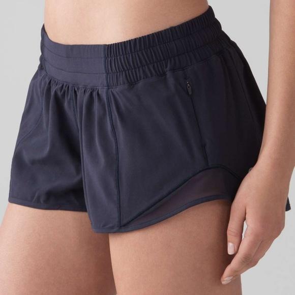eced1190dd607a lululemon athletica Shorts | Lululemon Hotty Hot Short Ii 25 Mdni 2 ...